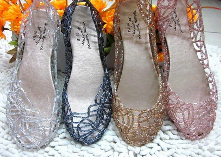 Jelly sandals. PHOTO COURTESY