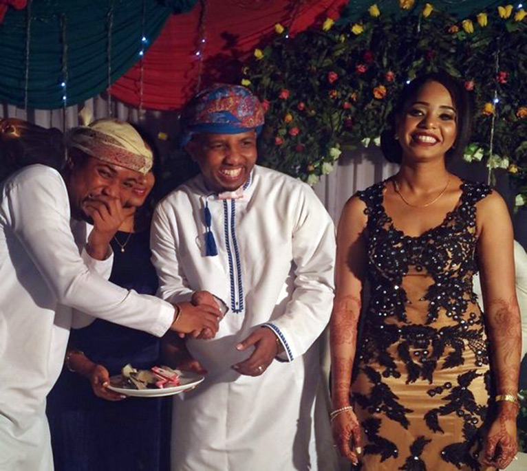 A close friend congratulates Tundaman on his big day [PHOTO/COURTESY]