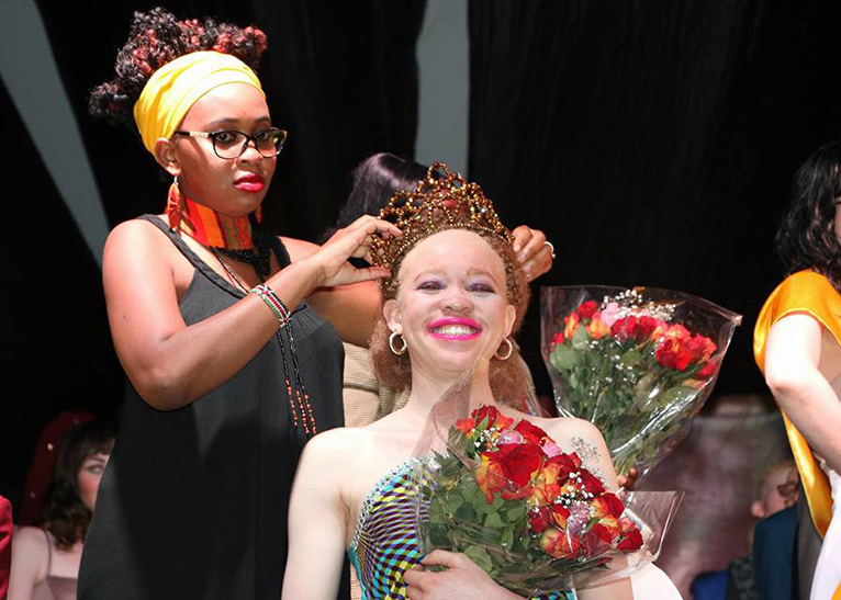 Mukami crowning Kenya's first ever Miss Albinism in an event which was held on October 21, 2016 at the Carnivore, Nairobi. She has been supportive of her husband's projects [PHOTO/COURTESY]