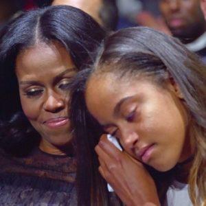 michelle-malia-obama-crying-farewell-speech-2017