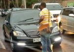 MAN STOPS MERCEDES BENZ DRIVER FROM OVERLAPPING [PHOTO | COURTESY]